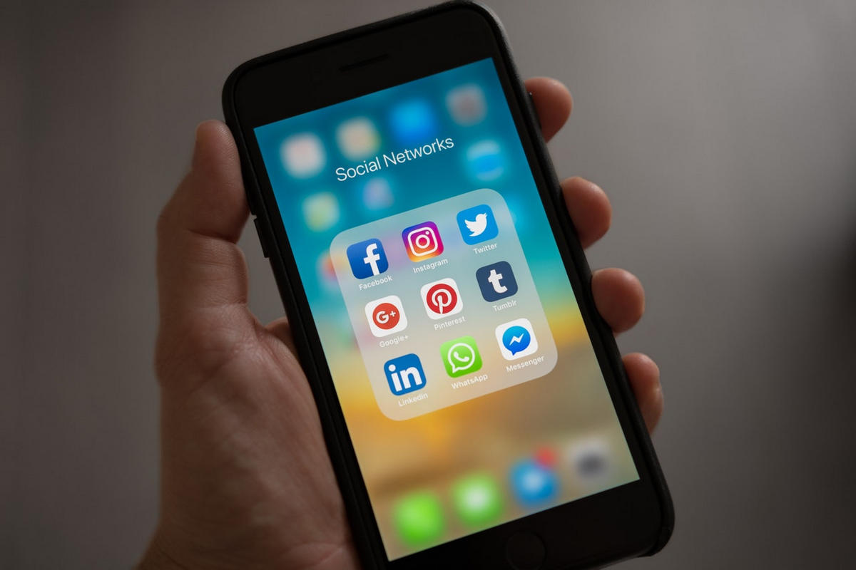 Social media icons on a smartphone home screen